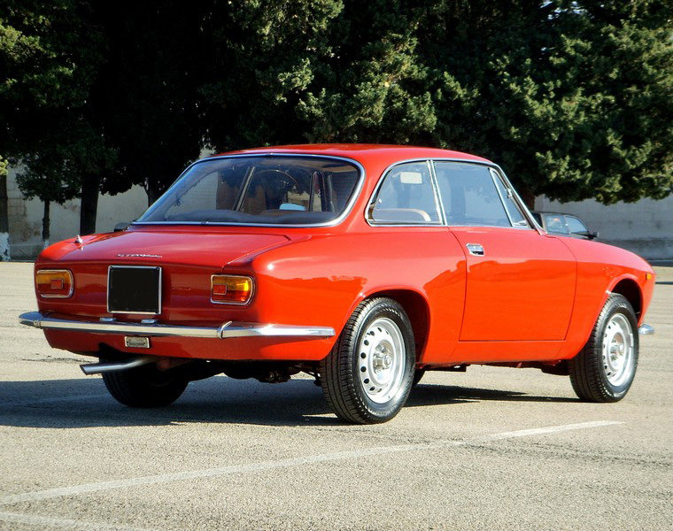 Ste832 vs Alfa Romeo Gt junior 1300 Unificato 79ssm110