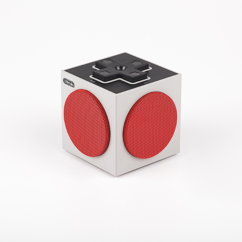 8Bitdo Retro Cube Speaker sur Belchine 8bitdo10