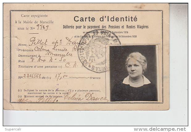 Cartes d'identité 12298010