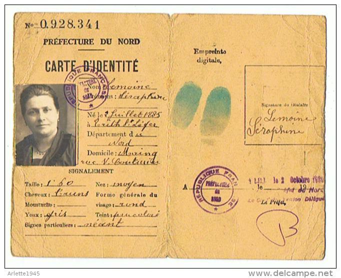 Cartes d'identité 12298310