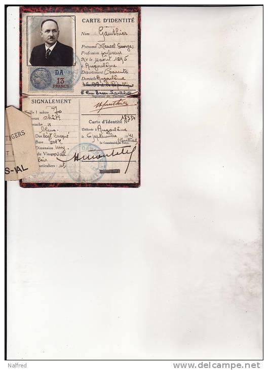 Cartes d'identité 12400910