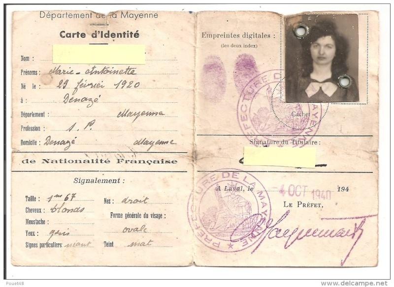 Cartes d'identité 12419010