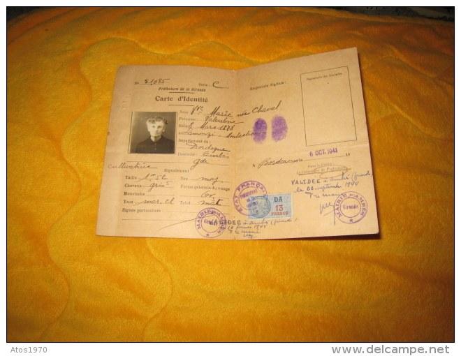 Cartes d'identité 12439510