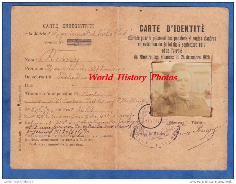 Cartes d'identité 14775610