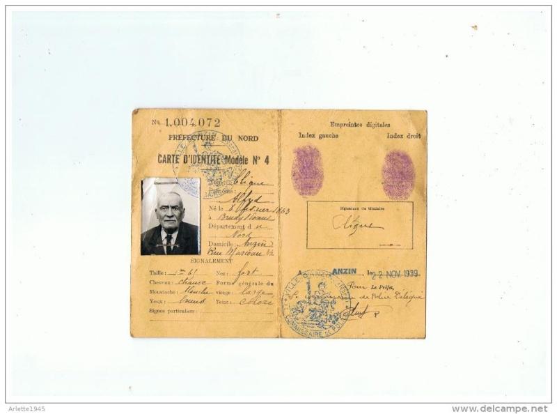 Cartes d'identité 15403310
