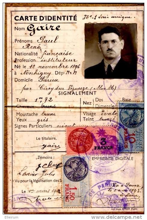 Cartes d'identité 19096710
