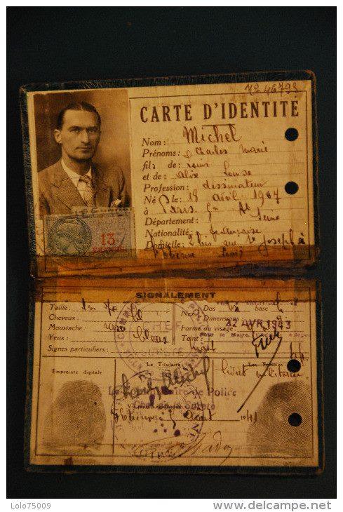 Cartes d'identité 19139910