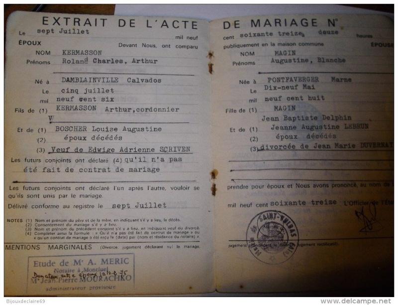 Livrets de famille 19153410