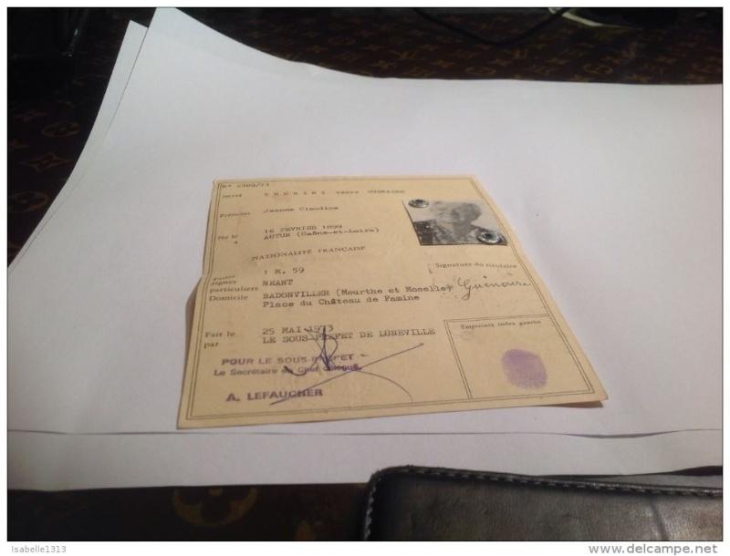 Cartes d'identité 19189210