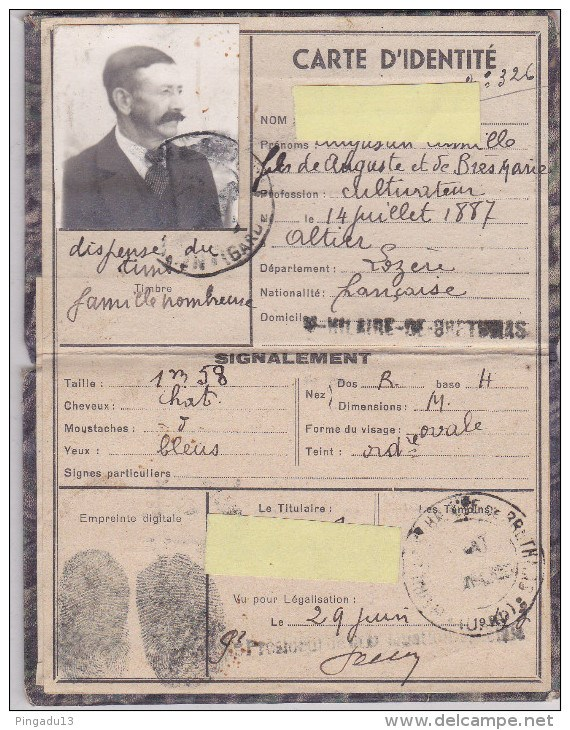 Cartes d'identité 19195510