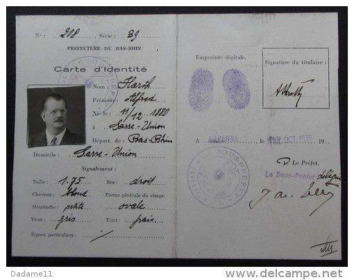 Cartes d'identité 19237910