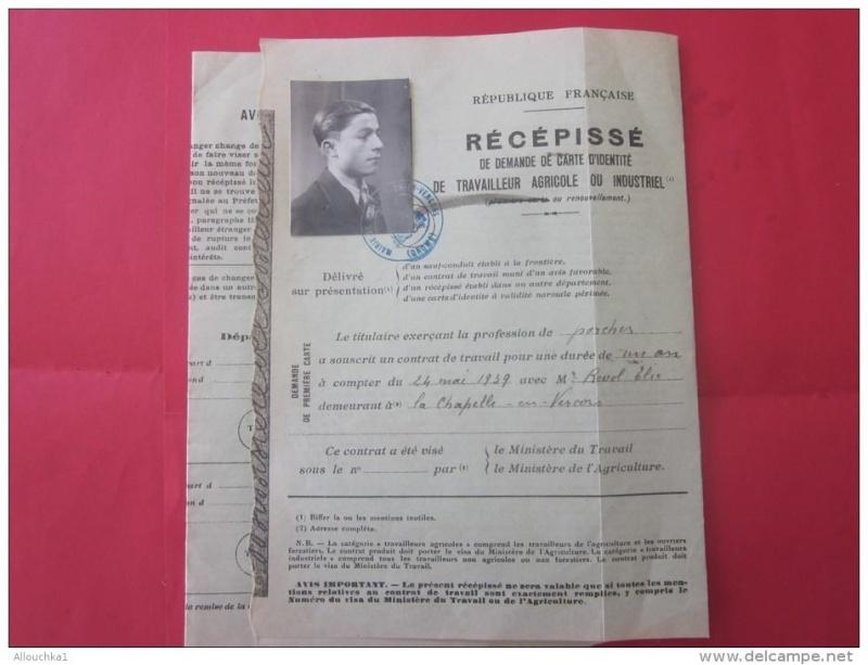Cartes d'identité 19343310