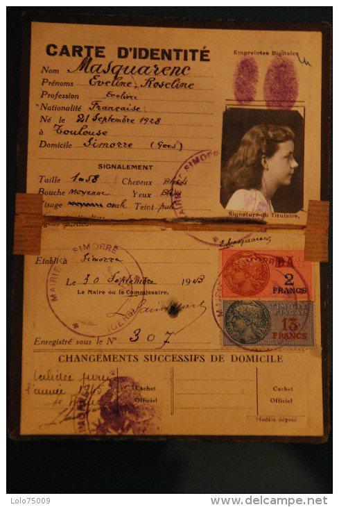 Cartes d'identité 19353110