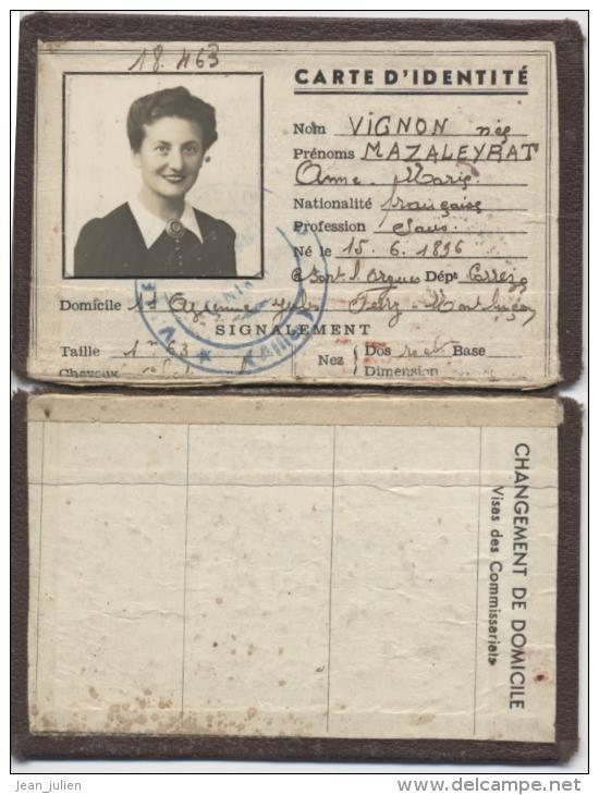 Cartes d'identité 19364810
