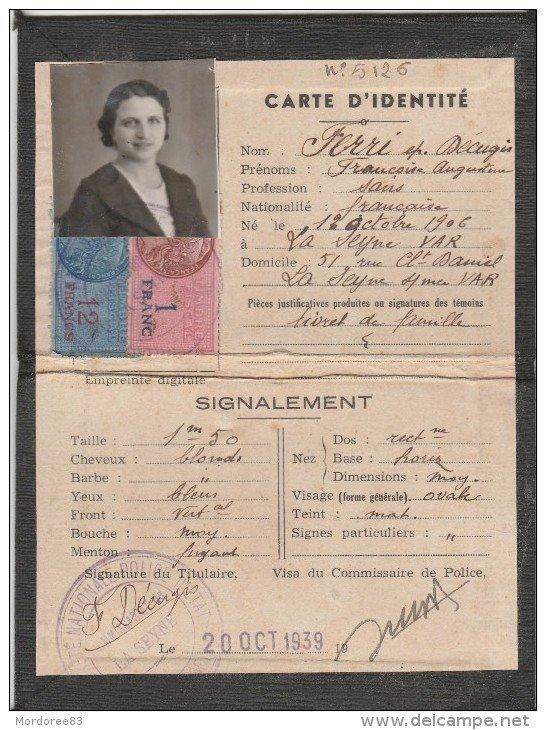 Cartes d'identité 8302_110