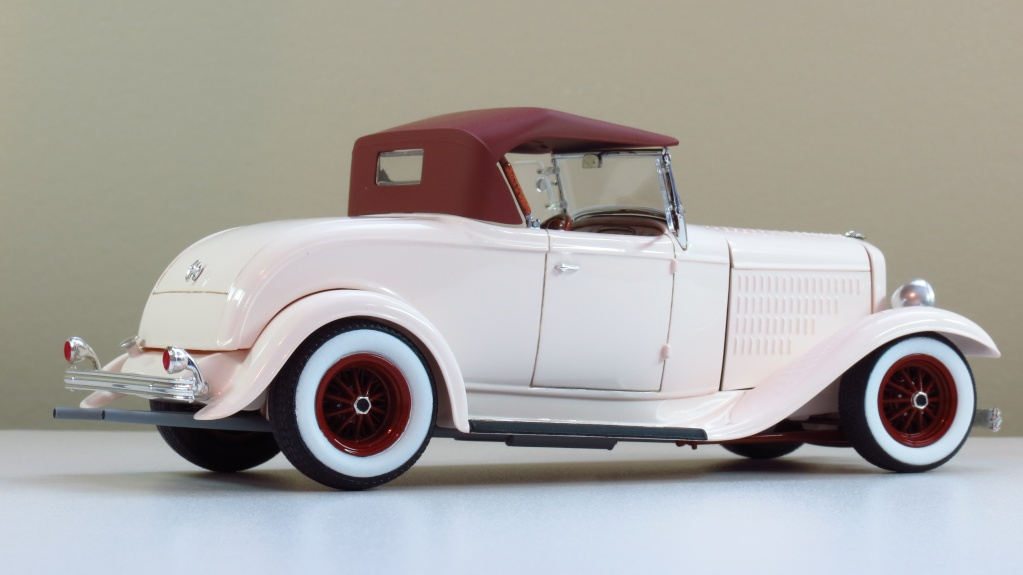 Ford '32 roadster Img_2413