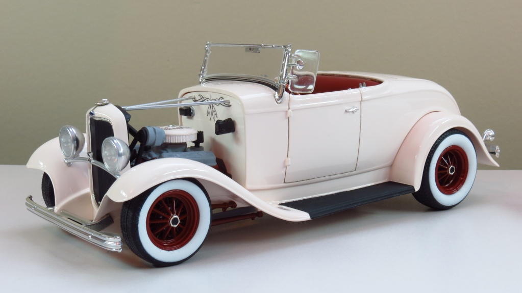 Ford '32 roadster Img_2414