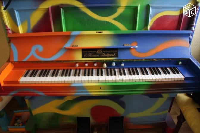 Piano-harmonium sous LSD !!!! Lsd_lb10
