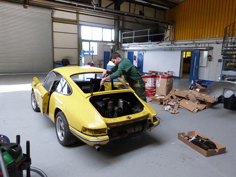 Photos de Porsche à restaurer - Page 6 Projek10