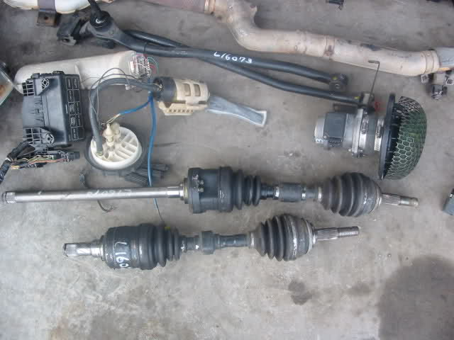 Moving car with no front driveshafts in 24y7jm10