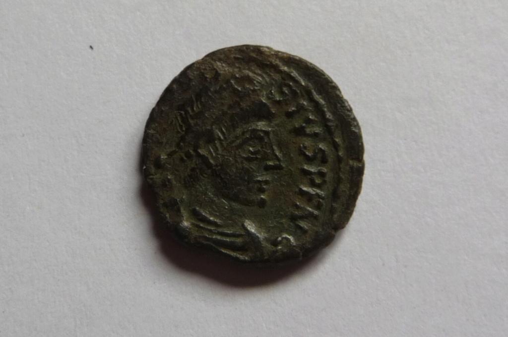 Aes IV de Théodose, Arles? P1080232