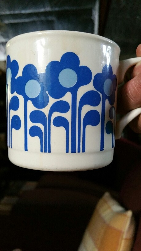 white - Show us your mugs .... Crown Lynn of course ;) - Page 8 2016-018