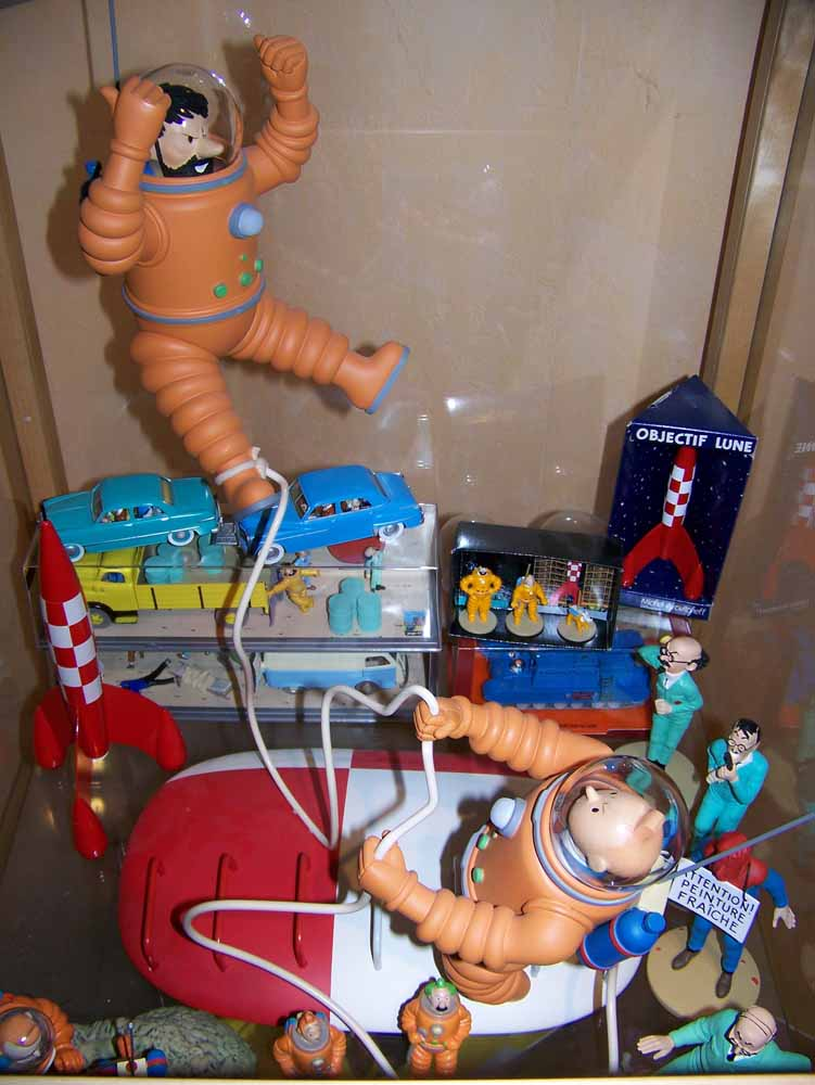 mise en peinture de figurines Tintin - Page 2 100_2310