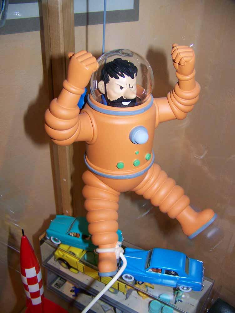 mise en peinture de figurines Tintin - Page 2 100_2311