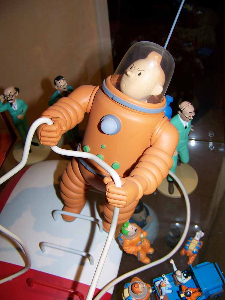 mise en peinture de figurines Tintin - Page 2 100_2312