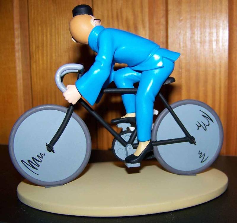 mise en peinture de figurines Tintin - Page 2 100_2912