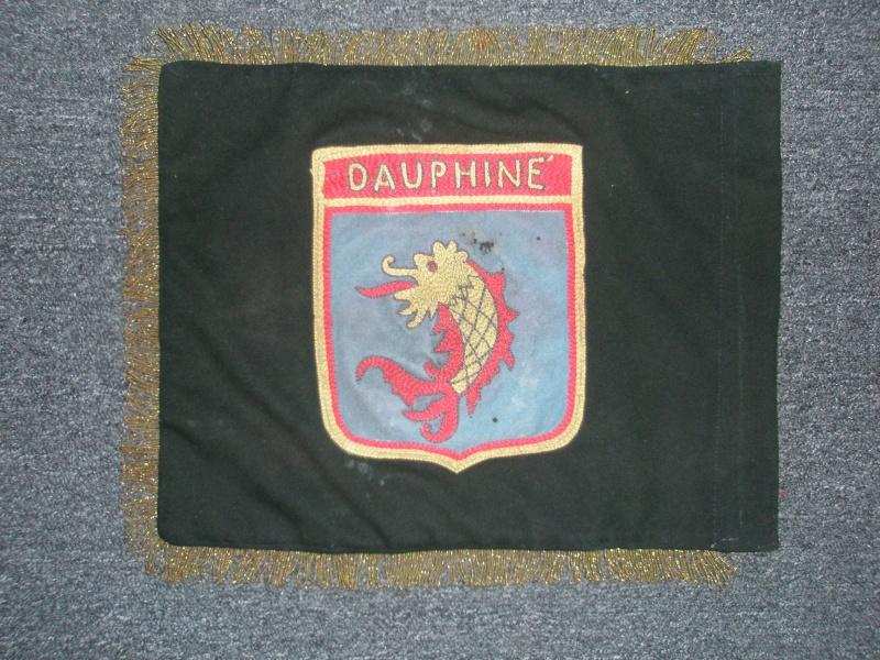 """jeunesse - Fanion du Groupement """" Dauphiné """" du Centre """" PASTEAU """" de jeunesse & Montagne . 20110311"""