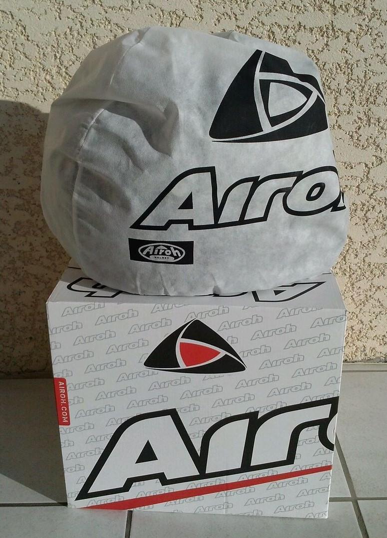 [Plus a vendre] Casque Airoh S5 taille L neuf Cam03516