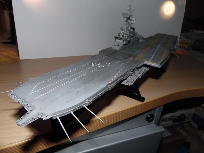 Porte Avions FOCH - HELLER 1/400e Sam_0910