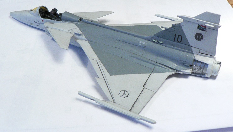 [Revell] Saab JAS 39 c Gripen 6-211