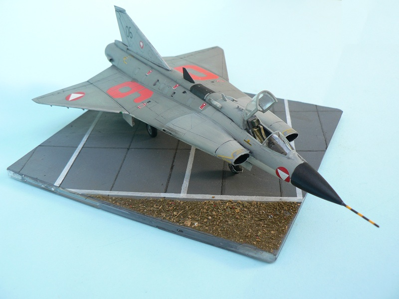 "[Revell-Hasegawa] Saab J-35 OE"" DRAKEN"" 612"