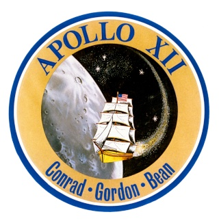 Disparition de Vic Craft (1932-2015), designer du logo Apollo 12 Apollo14