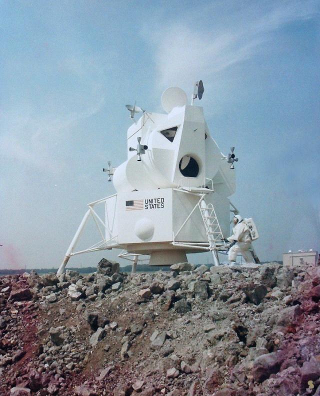 Programme Apollo (autre que les missions) - Le Programme - Rares Documents, Photos, et autres ... Apollo15