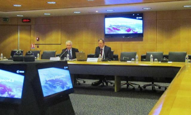 [ESA] Conférence presse début d'année du Directeur Général Jan Wörner Img_5810