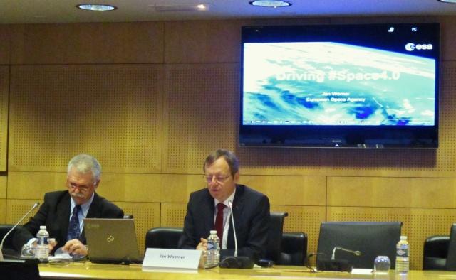 [ESA] Conférence presse début d'année du Directeur Général Jan Wörner Img_5811
