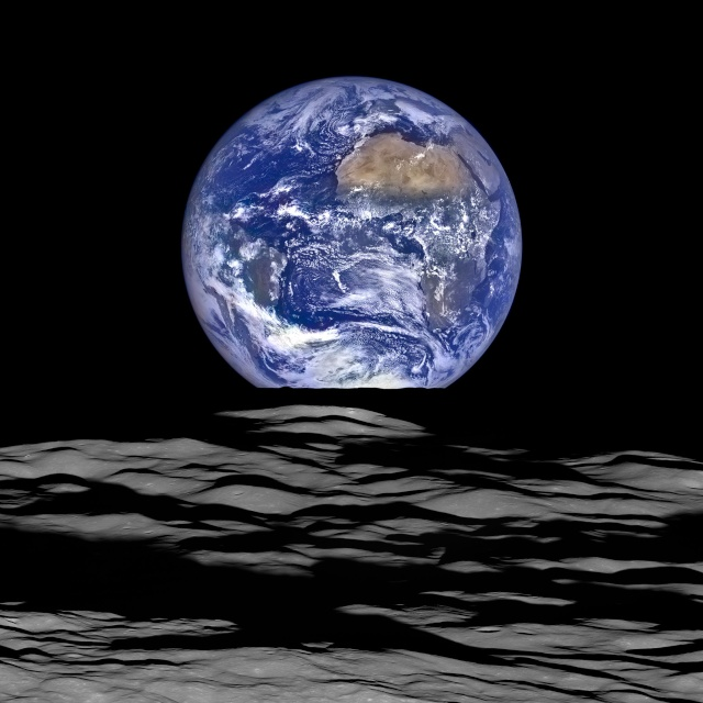 LRO / Photo extraordinaire de la Terre et de la Lune Lro_110
