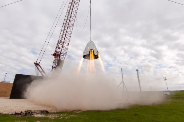 SpaceX Dragon 2 / Test de propulsion - Propulsive Hover Test Spacex14