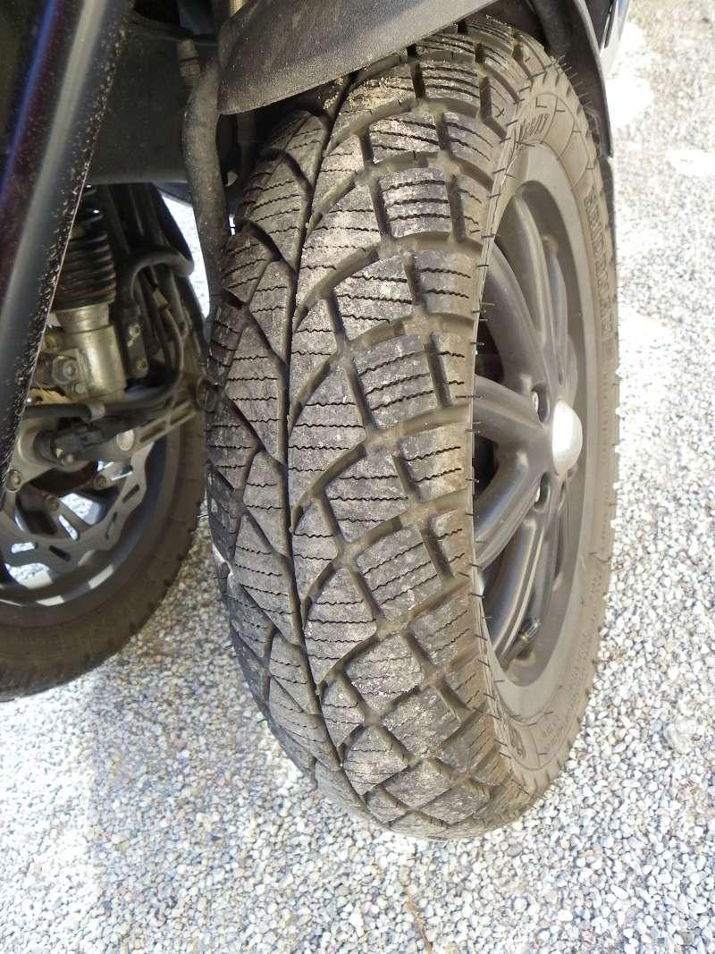 Les pneus pour Paulis Imgp0058