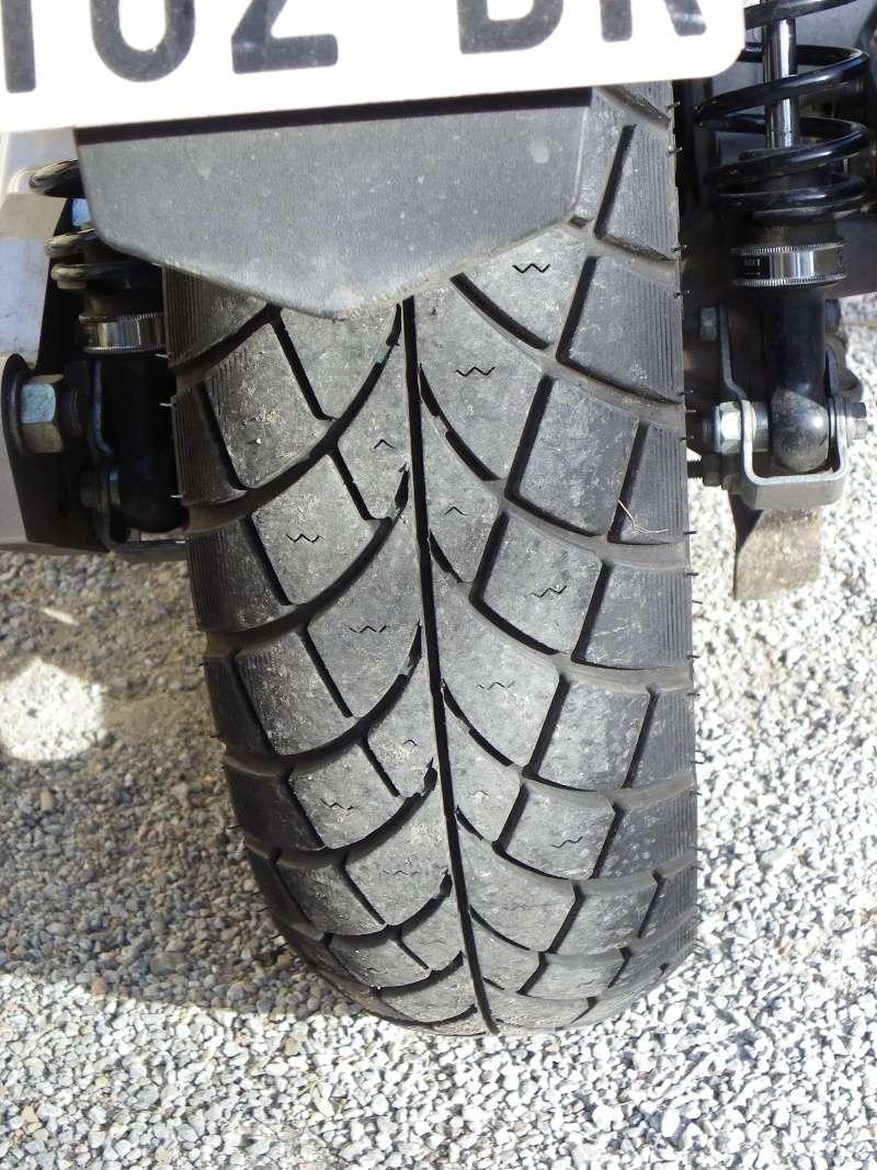 Les pneus pour Paulis Imgp0061
