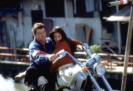 Une moto, une image. Quel film ? - Page 6 00711