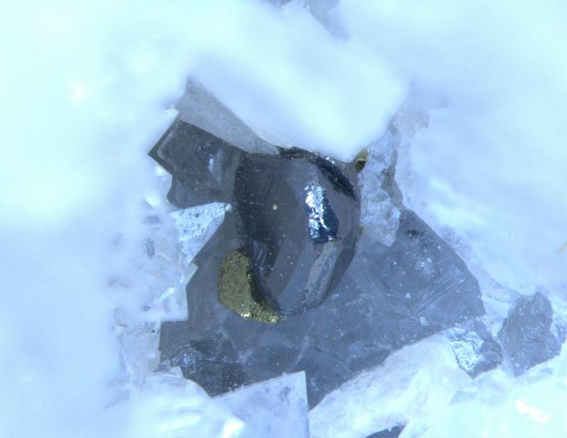 calcite (nouvelle découverte)mine Clara 04210