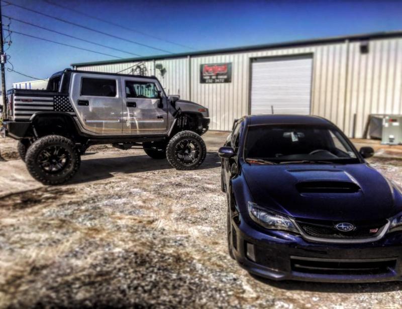 """Un Hummer H2 avec un kit 10"""" et du pneu 40"""" 12508910"""