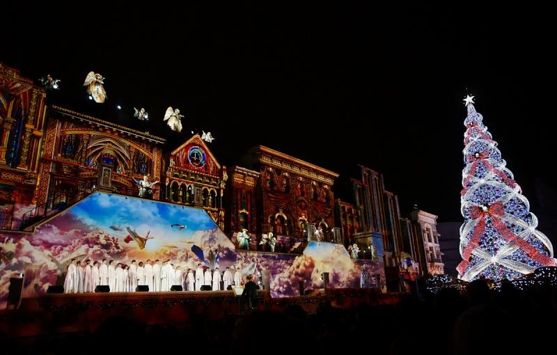 Quatre concerts de Noël au Japon fin décembre 2015 - Page 2 Osaka_11