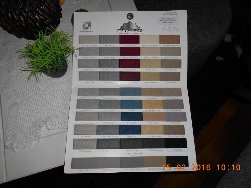 vends plaquettes d'échantillon de tissu dodge,chrysler,plymouth et autre  00112