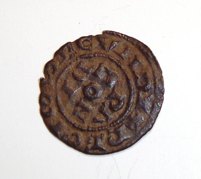Médiévale à identifier, SVP ! 00510