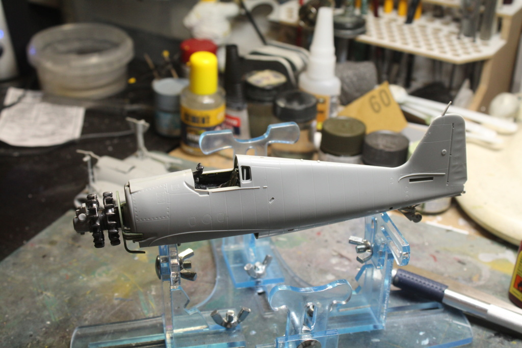 Grumman F-6F-3 N  Hellcat  Hobby boss 1/48 - Page 4 Img_5942